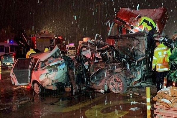 سانحه رانندگی در چین 59 کشته و زخمی در پی داشت