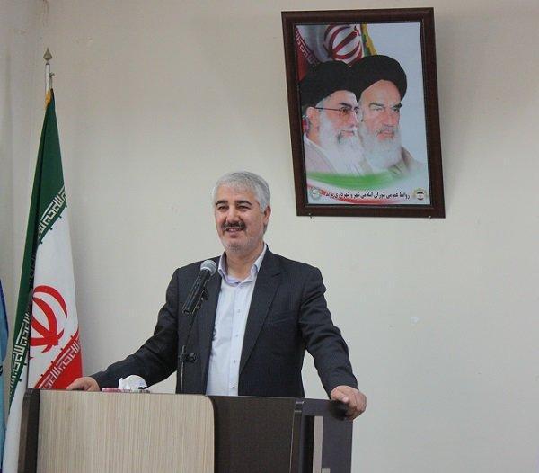 جشن های دهه فجر انقلاب اسلامی مردمی برگزار گردد
