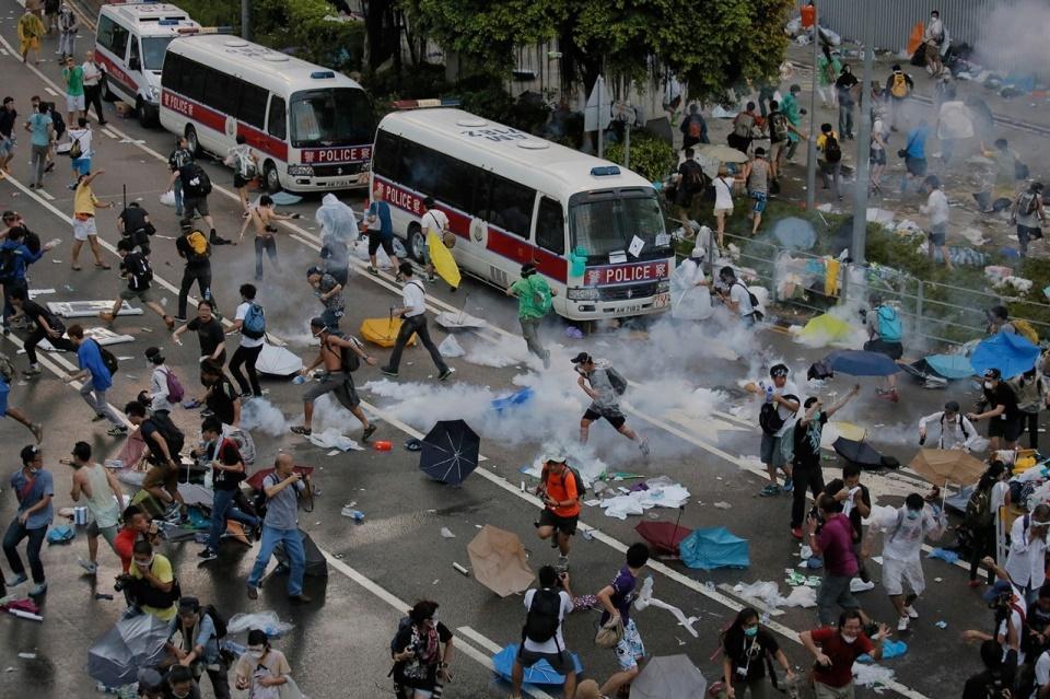 خشن ترین روز اعترضات در هنگ کنگ