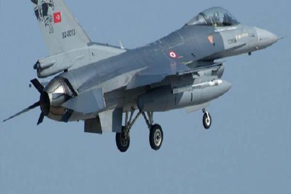 17 تروریست پ ک ک در شمال عراق از پا درآمدند