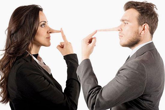 بدترین دروغ هایی که می توانید به همسرتان بگویید