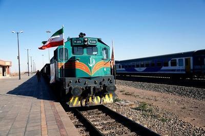 مردم از مراجعه حضوری به ایستگاه راه آهن خودداری نمایند، استرداد بلیت قطار های مسافری به وسیله تماس با تلفن 1539