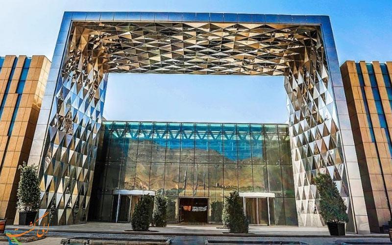 بزرگترین مرکز خرید خاورمیانه، ایران مال تهران