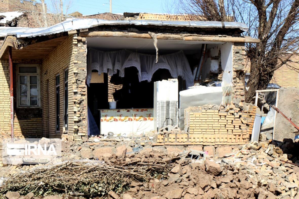 خبرنگاران اختصاص بیش از 3300 میلیارد ریال تسهیلات به زلزله زدگان قطور