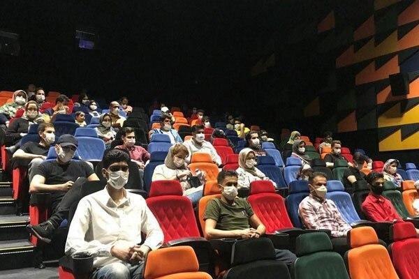 سینما از شنبه تا چهارشنبه نیم بها است