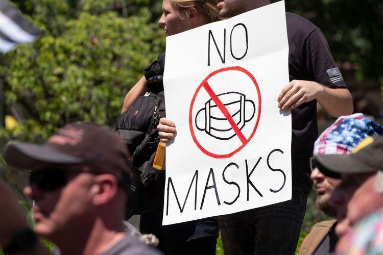 گسترش جنبش ضد ماسک در اروپا