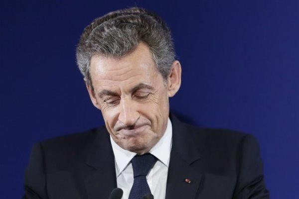 محاکمه رئیس جمهور اسبق فرانسه در پاریس شروع شد