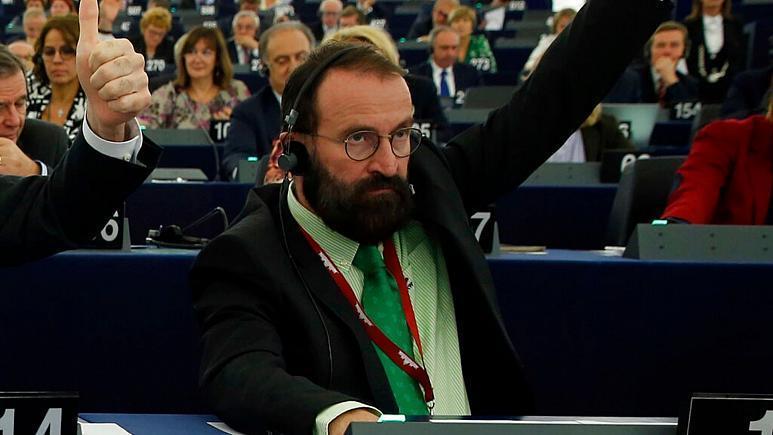 استعفای نماینده مجلس اروپا به دلیل میهمانی جنسی