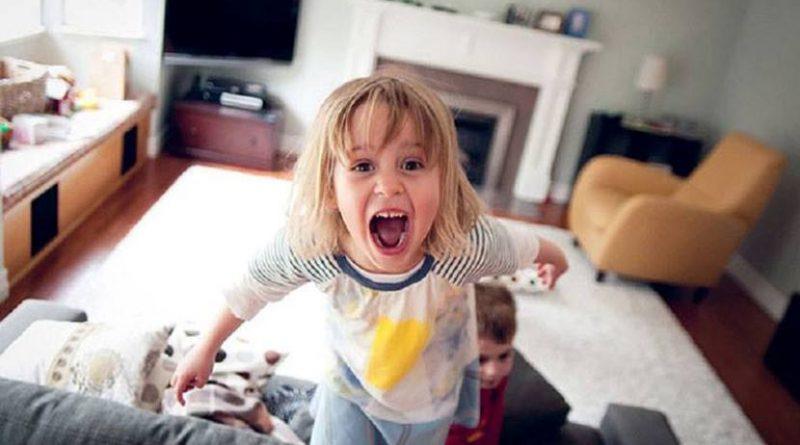 چرا کودک جیغ میزند؟