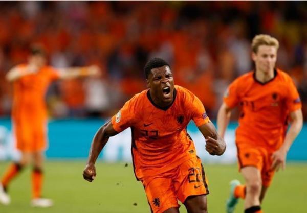 یورو 2020، پیروزی هلند مقابل اوکراین در جشنواره گلزنی آمستردام