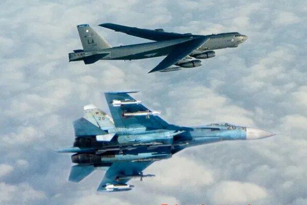 جنگنده روسیه بمب افکن بی ، 52 آمریکا را رهگیری کرد