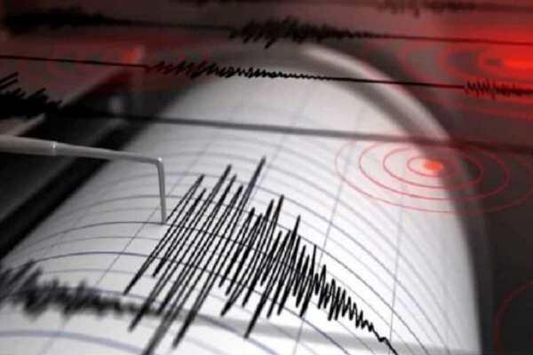 زلزله ژاپن را لرزاند اما سونامی نیامد